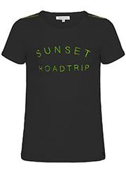 T-Shirt met Geborduurde Tekst